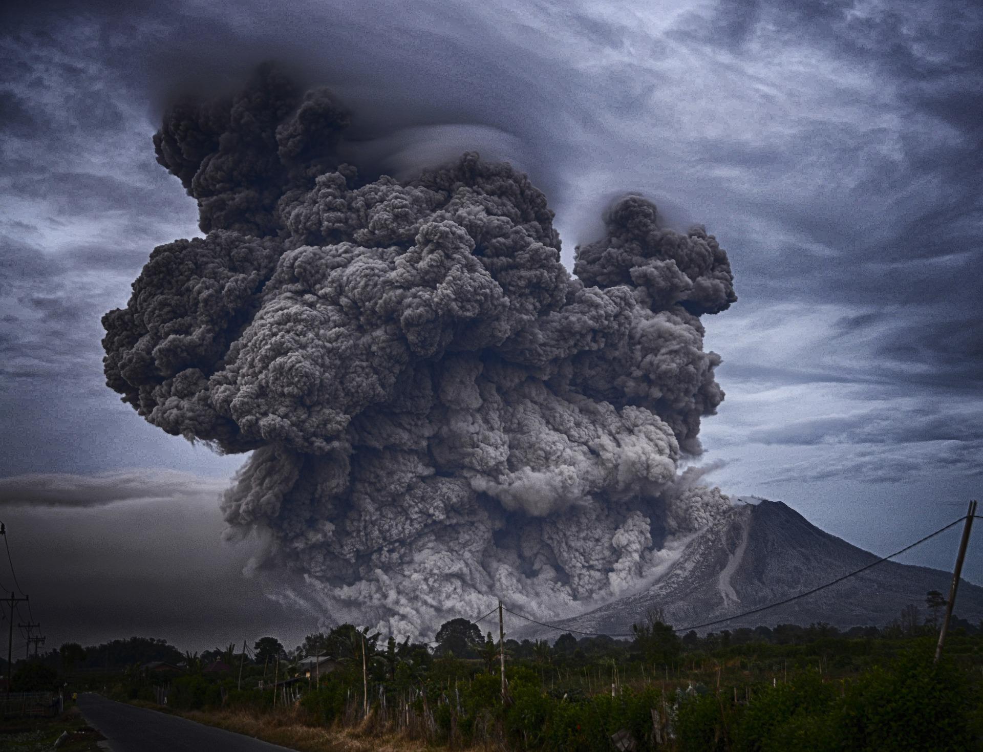 Anak Krakatau u erupciji izgubio dvije trećine mase i visine