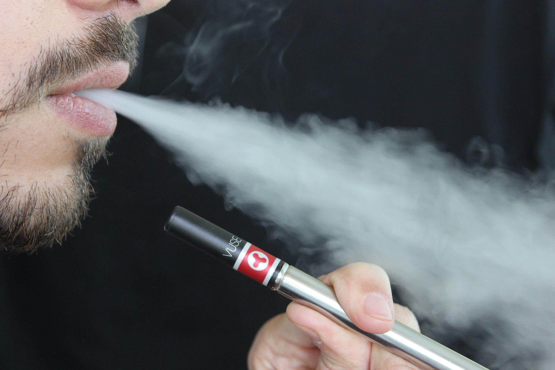 E-cigarete povećavaju rizik od srčanog udara i razvoja depresije
