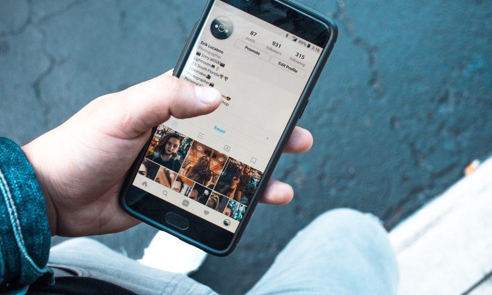 U porastu ozljede povezane s korištenjem mobilnih telefona, posebno kod mladih